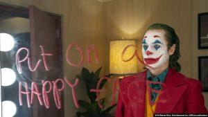 Film 'Joker' Mendapat Ulasan Buruk, Menghasilkan Uang Banyak